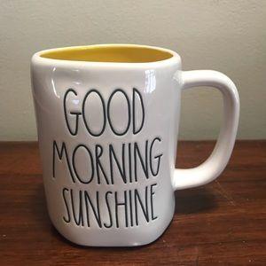 Rae Dunn Good Morning Sunshine Yellow int. mug 😎
